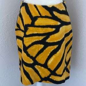 Dresses & Skirts - Isaac Mizrahi print skirt